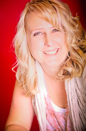 Angela Carling